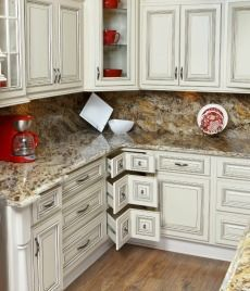 RTA Cabinets Online - Cabinets For Less - The RTA Store - love the corner drawer