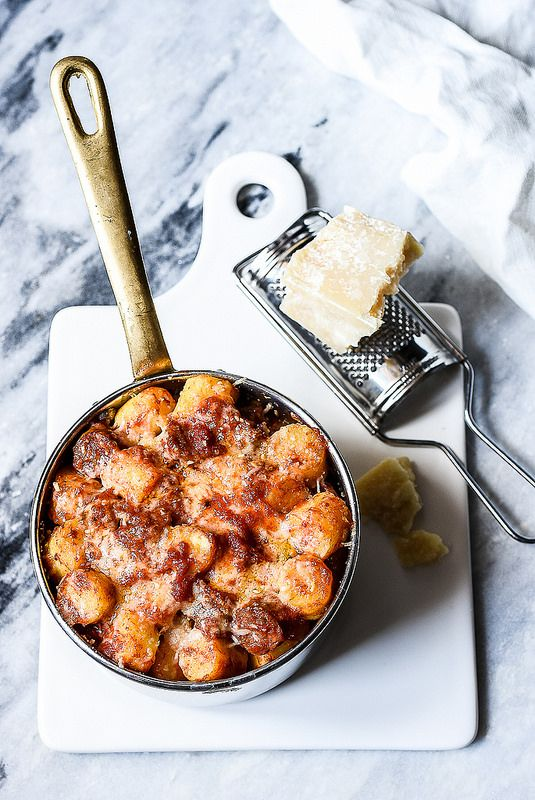 Gnocchi gratinati con salsiccia - Teresa Balzano