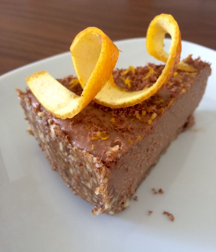 Tarta de chocolate y naranja crudivegana / Postres / Tartas & Pasteles / HazteVeg.com