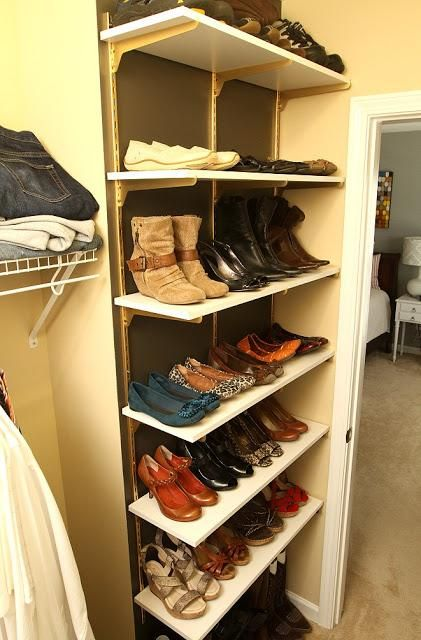 Amy @Amy@eatsleepdecorate got clever with brackets and shelves to create these awesome shoe shelves!