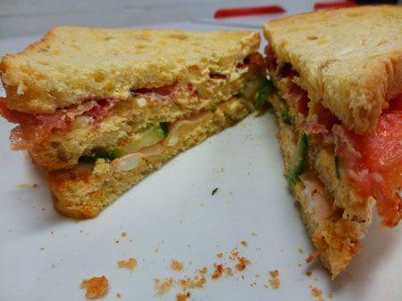 club sandwich kip bacon ei maken is heel eenvoudig met dit recept