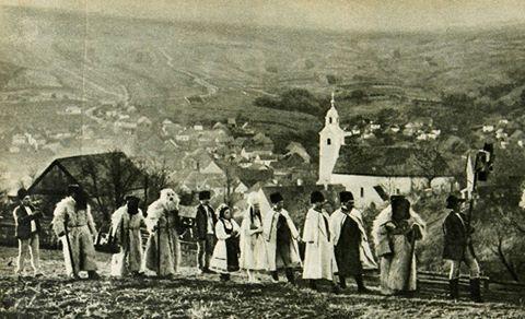 Betlehemjárás Lövétén a Hargita tövében, 1942.