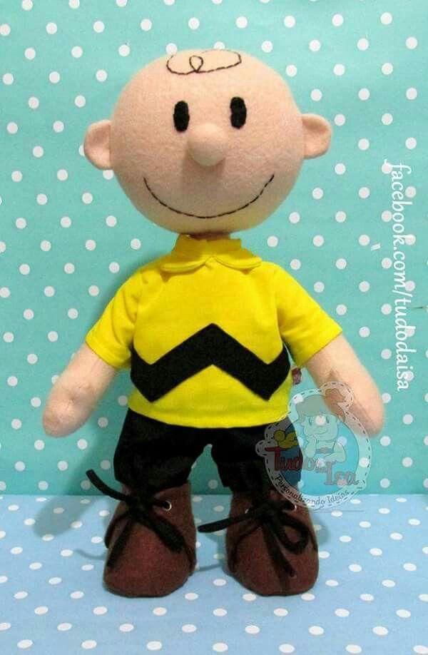 Charlie Brown / snoopie de feltro  1/6 Créditos: Tudo da Isa