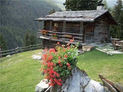 ❤ this Log Cabin
