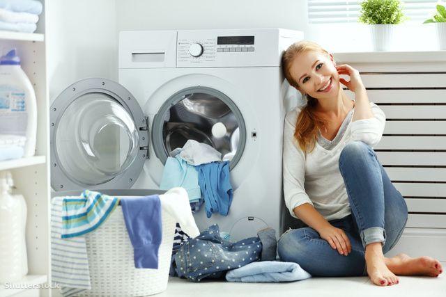 4 tipp, hogy jobb illata legyen a ruhádnak