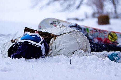 BORN TO SNOWBOARD ❄