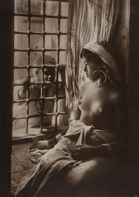 Lehnert & Landrock. Harem girl, Tunisia 1915.