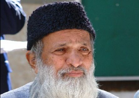 >> Abdul Sattar Edhi << He rescued more than 20,000 abandoned infants; gave daily shelter, feed and educate more than 50,000 orphans; trained over 40,000 nurses for free of cost; had 330 welfare trusts in Pakistan; Ran the world largest ambulance service with over 1,500 vehicles 24/7.and MORE…