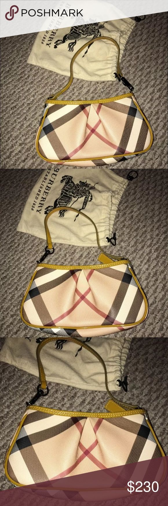 Authentic Burberry Bag🔥 Like new burberry bag. Only used a few times in excellent condition. Comes with dust bag Burberry Bags Shoulder Bags