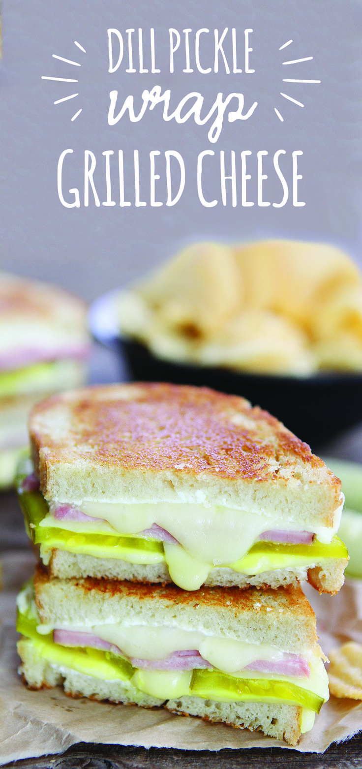 A fan-favorite appetizer – the dill pickle wrap – just got transformed into an equally irresistible gooey grilled cheese! With a combination of Arla Fontina and cream cheese, the #cheesepull on this toasty, melty, crunchy and creamy grilled cheese will be out of this world! Get the extra-flavorful recipe now.