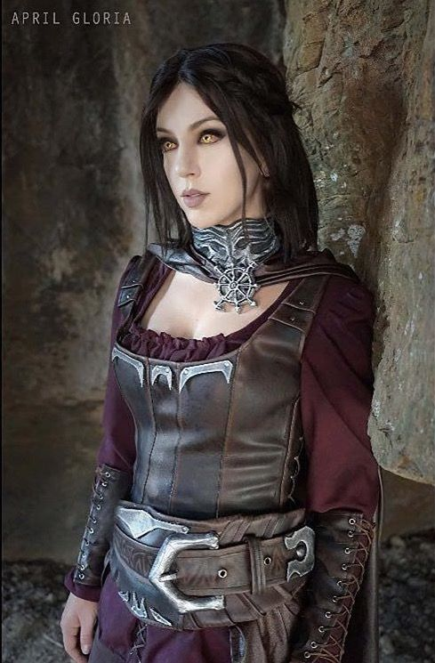 April_Gloria on (IG), Nerd Makeup Ambassador and cosplayer, with a badass rendition of Serana from the Skyrim Dawnguard DLC! Costume made by Yelaina May Cosplay. April is wearing our Everything Shadows in Vault Hunter, Sudden but Inevitable, and Karei. #EspionageCosmetics #NerdMakeup #CrueltyFree #Makeup #Cosplay #Skyrim