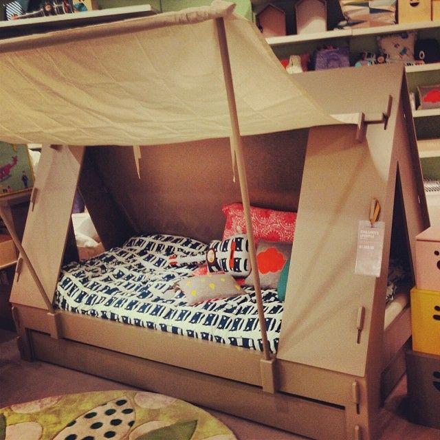 lit cabane tente :)