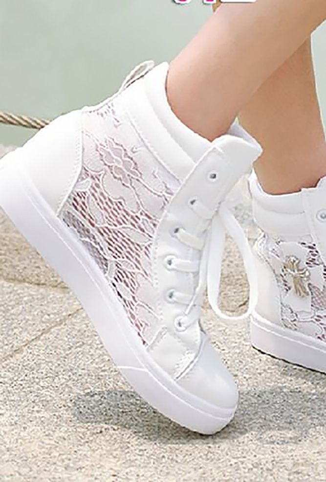 The 25 best comfortable wedding shoes ideas on pinterest for Comfortable wedding dress shoes