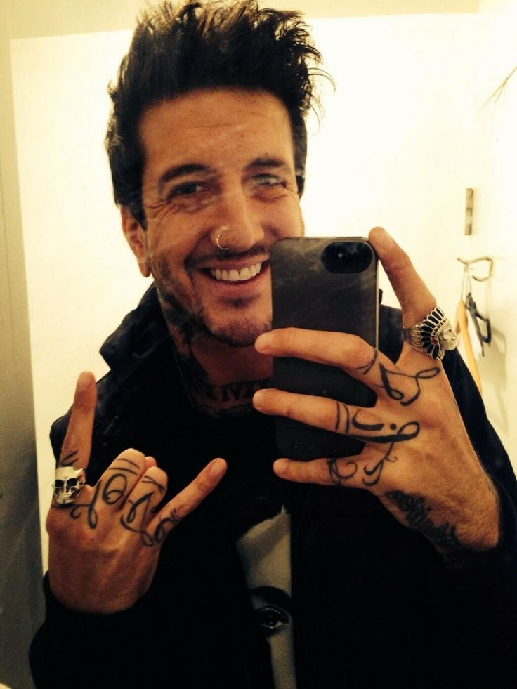 1326 best images about music things on pinterest vic - Austin carlile wallpaper ...