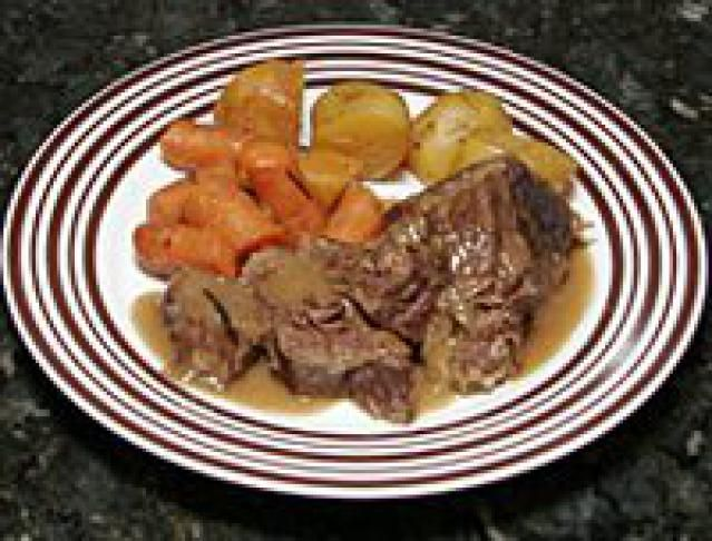 Cider-Braised Beef Ribs: Cider Braised Slow Cooker Beef Ribs