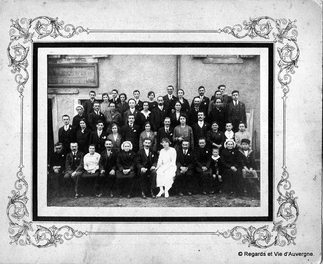 Regards et Vie d'Auvergne: Vieilles Photos de Famille d'Auvergne.