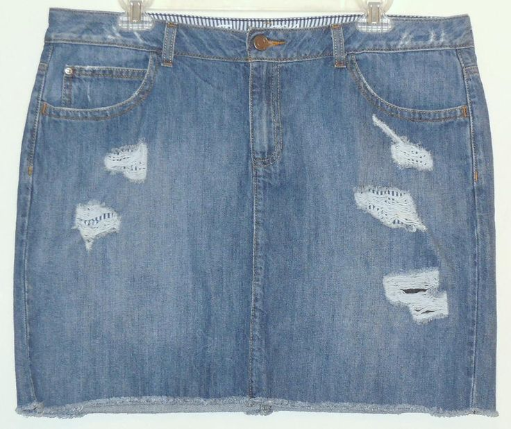 Tommy Hilfiger Distressed Denim Jean Mini Skirt. Free shipping and guaranteed authenticity on Tommy Hilfiger Distressed Denim Jean Mini SkirtClassic jean skirt from Tommy Hilfiger in very dis...