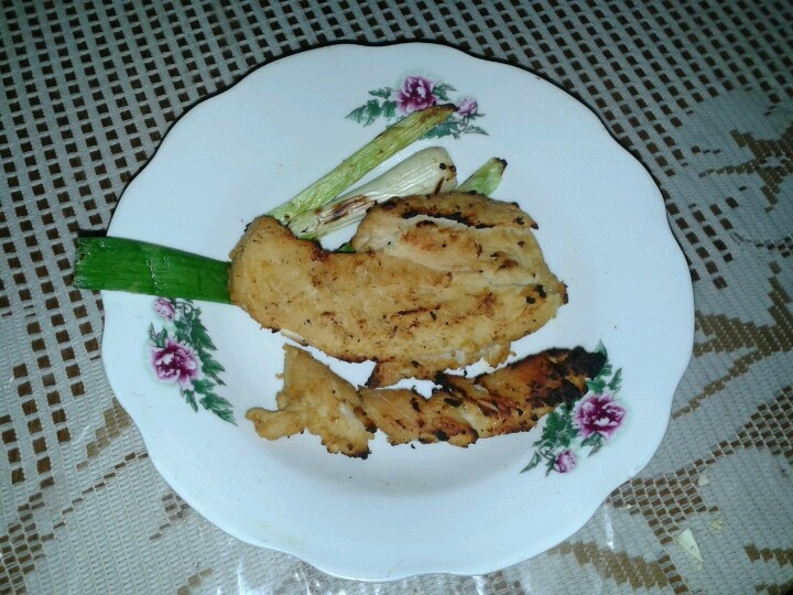 Grilled chicken with miso sauce