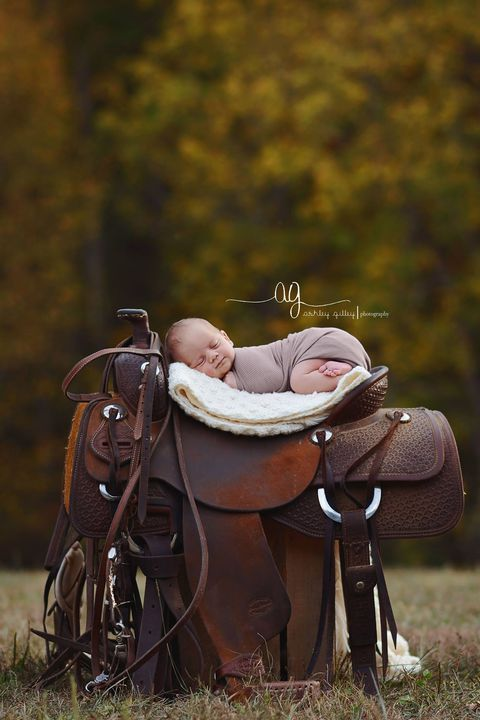 This Adorable Photo Shoot Perfectly Captures What It's Like Growing Up On a Farm