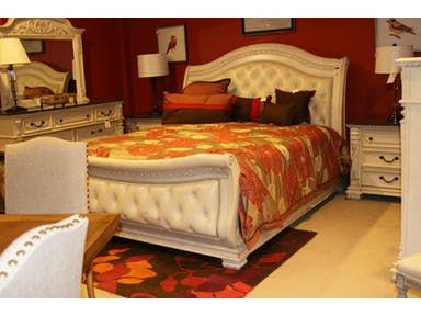 Heritage Furniture Galleries is a locally-owned and operated business in Hickory, North Carolina. They have direct relationships with many of the major furniture manufacturers and they partner with these manufacturers to help liquidate unsold inventory of brand new high-quality furniture.