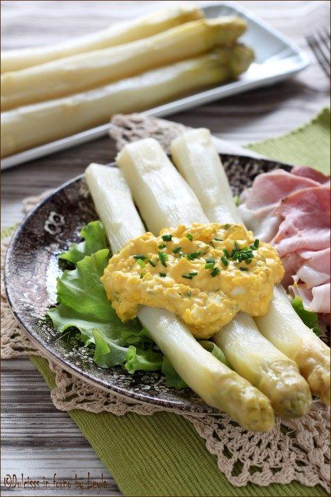 Asparagi e salsa bolzanina, ricetta tipica Alto Adige Dulcisss in forno by Leyla