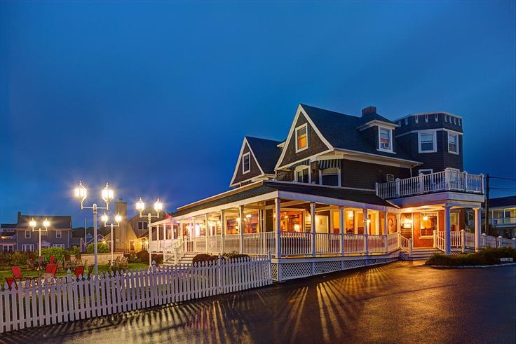$274 Overlooking Newport Harbor, Narragansett Bay, and Jamestown Island, Ocean Rose Inn features uniquely decorated rooms.