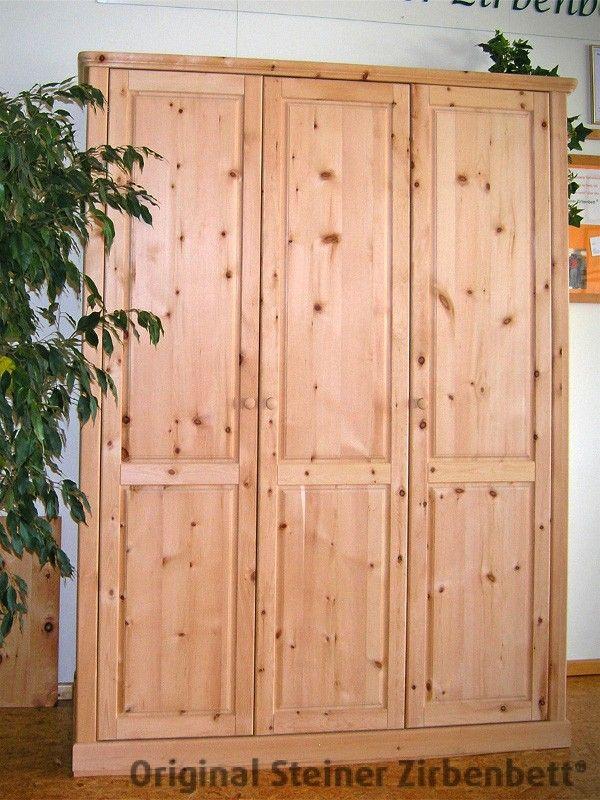 Elegant Zirbenholzschrank dreiteilig Massivholz Schrank