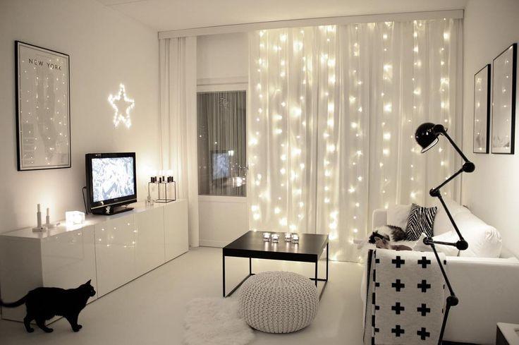 Wish you all a magical sunday . . . #interiordesign #kajastef #minimalistic #minimalism #mynordicroom #mynordicchristmas #homedecor #nordicdesign #homestyle #monochrome #interior #interior4all #onlyinterior #instahome #dream_interiors #simplicity #interior9508 #passion4interior #whiteinterior #homestyling #interiordecor #interiorstyling
