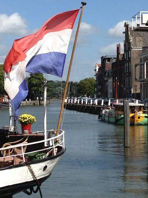 A Walk Through Dordrecht #Netherlands