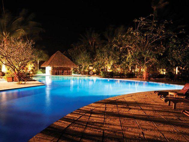 Bora Bora Pearl Beach Resort & Spa, French PolynesiaBeach Resorts, Favorite Places, Overwater Bungalows, Pearls Beach, Bora Pearls, French Polynesia, Best Quality, Glasses Floors, Spa