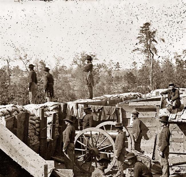 AMERICAN CIVIL WAR ¥ Atlanta, Georgia. Sherman's men in Confederate fort east of Atlanta