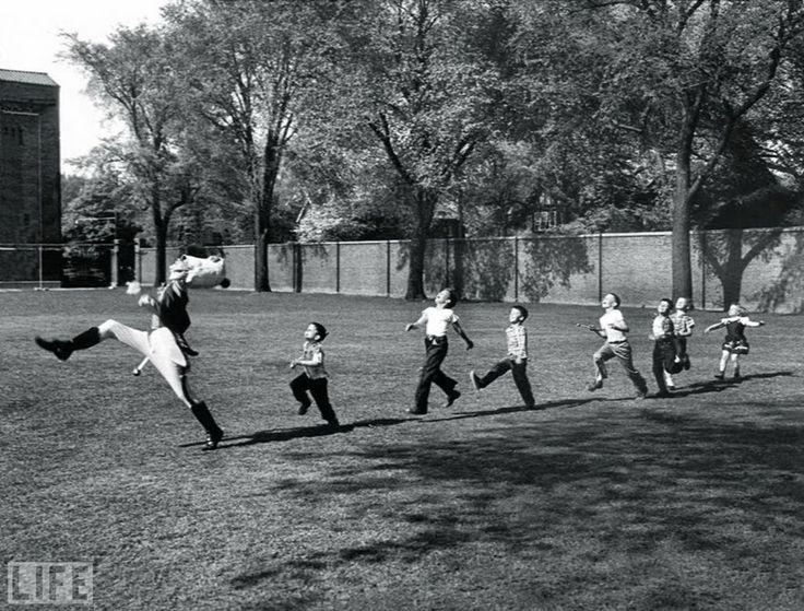 Emociones en blanco y negro: los niños y niñas que hacían la calle