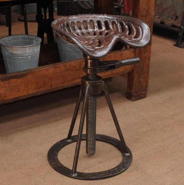 Винтажная мебель - Металлический стул в стиле индастриал. Регулируется по высоте. Европа, начало XX века. Интернет-магазин в Москве