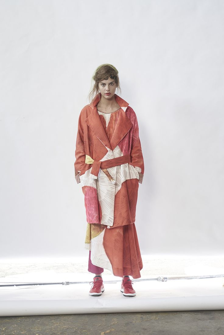 Born in Kyoto, Akira Isogawa moved to Australia to study fashion at the Sydney Institute of Technology in the 1990s.