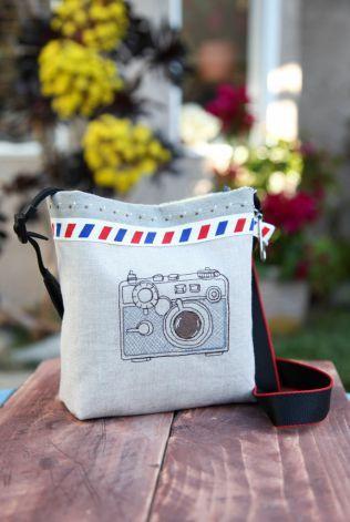 写真を撮る時に必要なカメラを保管する「カメラケース」は、なんと自分で手作りすることができるのだ。それらはコンパクトなデジタルカメラから、本格的な一眼レフカメラを…