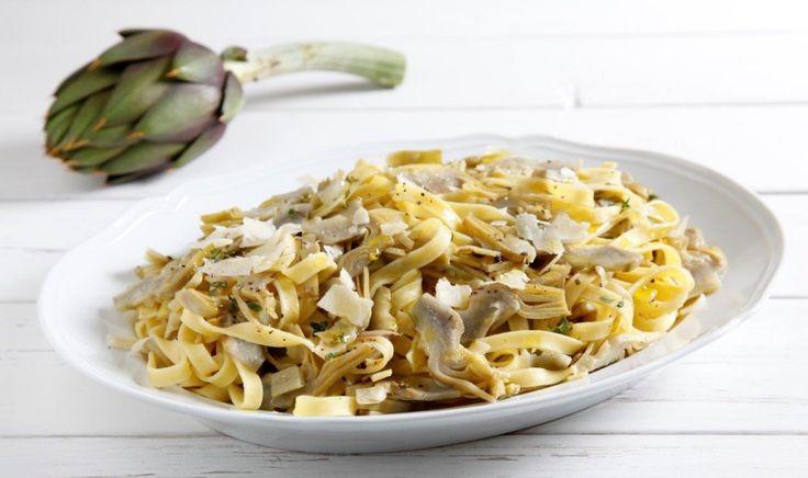 Un primo piatto di pasta, vegetariano, facilissimo da preparare, una ricetta pronta in soli 10 minuti!