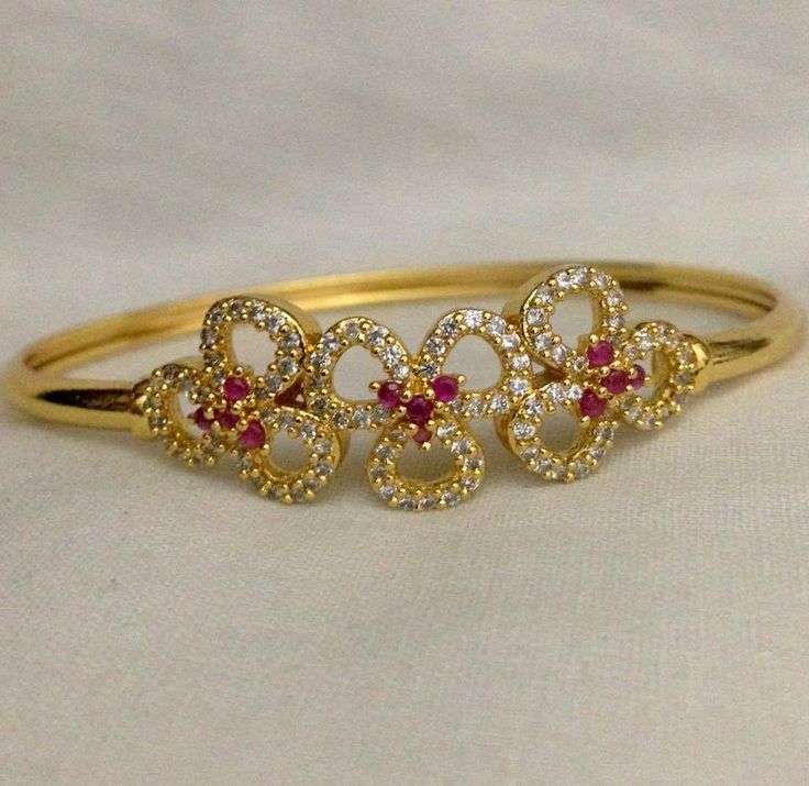 CZ and ruby stone flower model kada Code : BAK 380 Price : 700/- Whatsapp to 09581193795/- for order processing....
