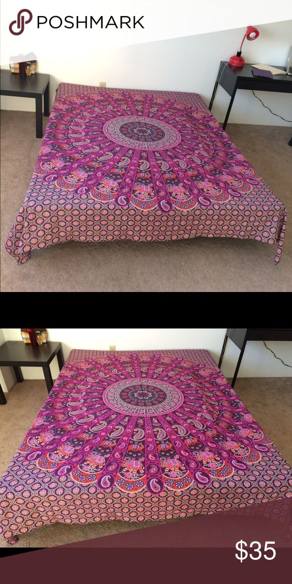 """🎁Bed Spread Wall Decor Thanksgiving present😍 Brand new.Handmade with natural dyes.   Uses: bed spread, couch spread, curtains, wallhangings, Celling decor, beach mat, picnic mat, table cloth, yoga & meditation.  Size: 90"""" X 84"""" inch ( Queen bed)   Material;100% Cotton  Wash: cold wash   #festival #bohohome #bohochic #bohostyle #hippylife #hippiekid #gypsylife #tapestry #mandala #yogamat #mandala #burningman, #birthdaygift, #beachtowel #bedspread #walldecor #gift #boho #hippy #gypsy…"""