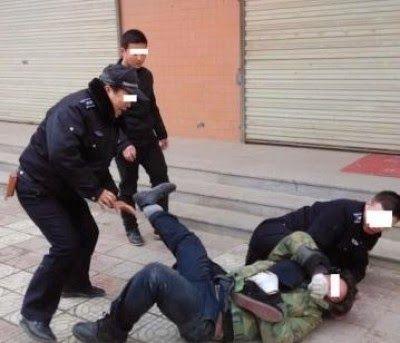 特亜ボイス: 悪名高き都市管理職員、出稼ぎ農民に暴行し重傷負わせる=国民の怒りは頂点に「どっちが犯罪者かわからない...