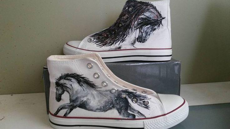 Painted sneakers with horse ręcznie malowany trampki z koniem