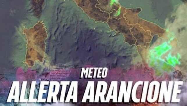 """ALLERTA METEO PER OGGI: LA PESSIMA PREVISIONE DEI METEOROLOGI - ECCO COSA ACCADRA' A partire dalla giornata di oggi venerdì 10 pioggia e nuvole torneranno su Roma e sul Lazio, previsti anche temporali localmente intensi. """"Venerdì – si legge sul sito il Meteo.it – tempo in peggioram #meteo #maltempo"""