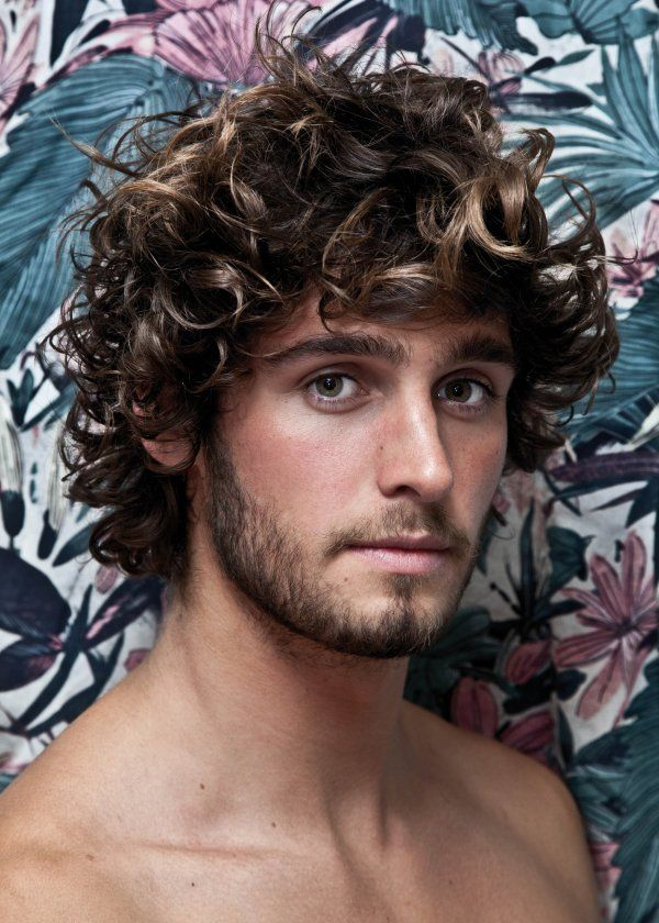 1000 ideas about boys curly haircuts on pinterest men curly hairstyles haircuts for boys and. Black Bedroom Furniture Sets. Home Design Ideas