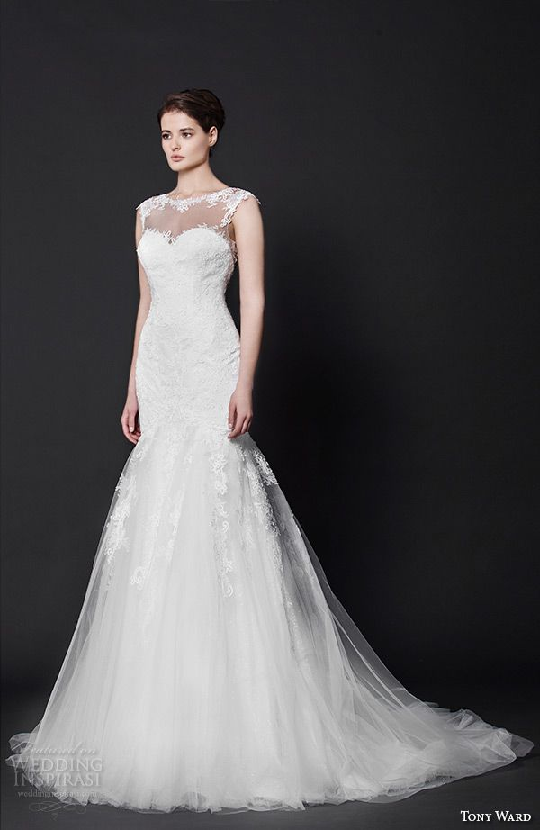 666 best short sleeve trumpet images on pinterest for Heart shaped mermaid wedding dresses