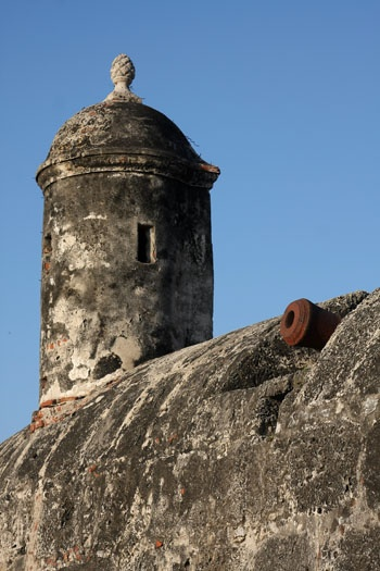 Tower on the wall defending Cartagena de Indias, Cartagena, COLOMBIA