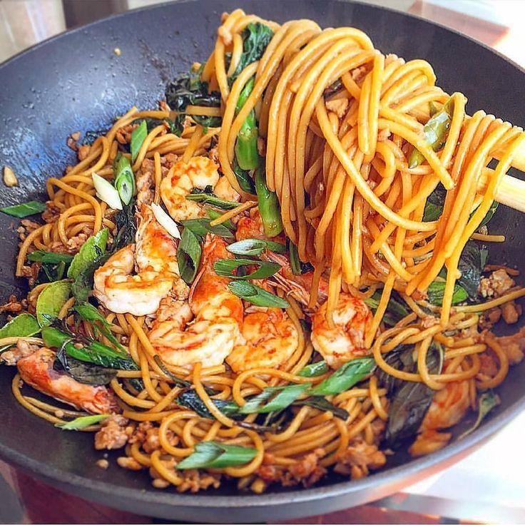 Thai drunken spaghetti  Recipe by: @wina_wina Thai Drunken Spaghetti Recipe: lb ground pork lb shrimp shells removed & cleaned lb Chinese broccoli sliced thinly lb Napa cabbage sliced thinly4 cloves of garlic smashed & minced1 shallot sliced1 cup of Holy basil Thai basil or Italian basil4 lime leaves cut into small strips2 Thai chili smashed & minched2 Green onion chopped2 Tbs oyster sauce1 Tbs maggi sauce1 Tbs regular soy sauce1 Tbs sweet soy sauce1 Tbs fish sauce1 tsp rice wine tsp corn…