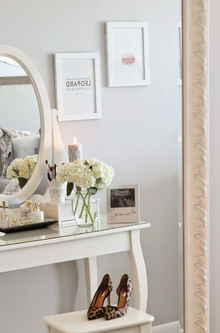 Bedroom Accents With Lulu and Georgia