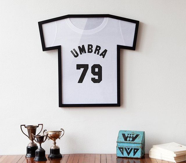 Convert your memorable t-shirts into modern wall art by storing them within this T-Frame T-Shirt Display Case.
