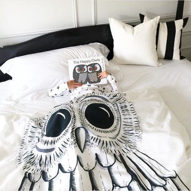 Owls are flocking round @jsyamsek 's little one. An owl assembly of the highest order! All owl aficionados from the USA, please refer to @designlifekids for your issue of the Wicked owl duvet cover.