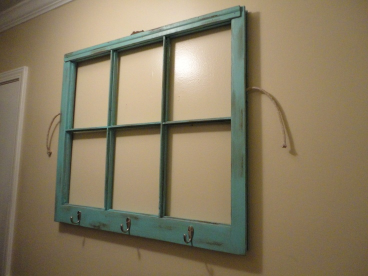 Sugar Bee Crafts: Window Pane Reclaimed by Young and Crafty      going to do this!