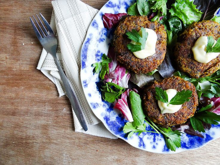 Winter squash quinoa rissoles by Sunday Morning Banana Pancakes #veggie #food #vegetarian